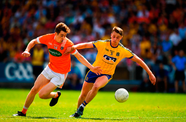 Andrew Murnin of Armagh in action against Niall McInerney of Roscommon. Photo by Eóin Noonan/Sportsfile
