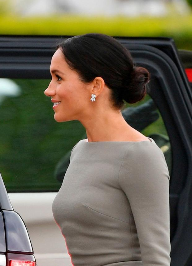 meghan-low-bun-wedding-hair.jpg