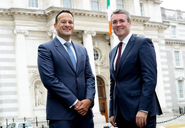 An Taoiseach Leo Varadkar joins EY Managing Partner, Frank O'Keeffe as EY announces the creation of 520 new jobs across the island of Ireland