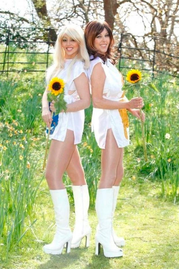 Dancing queens: Abba tribute band, Abbaesque