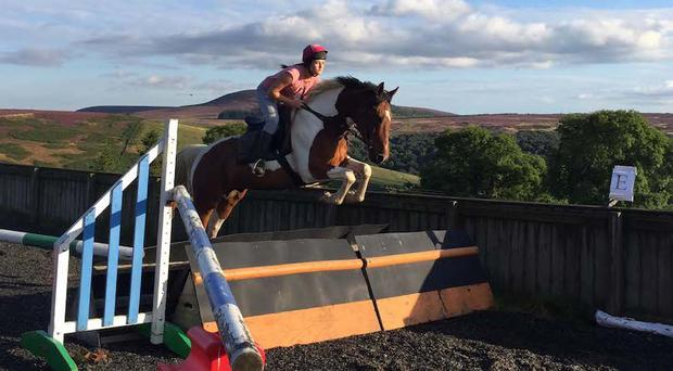 Irish jockey Laura Barry (25) loses cancer battle a day before she was due to marry
