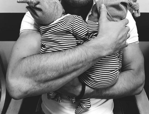 New dad Bernard Brogan shared this adorable photo of his sons Twitter/Bernard Brogan
