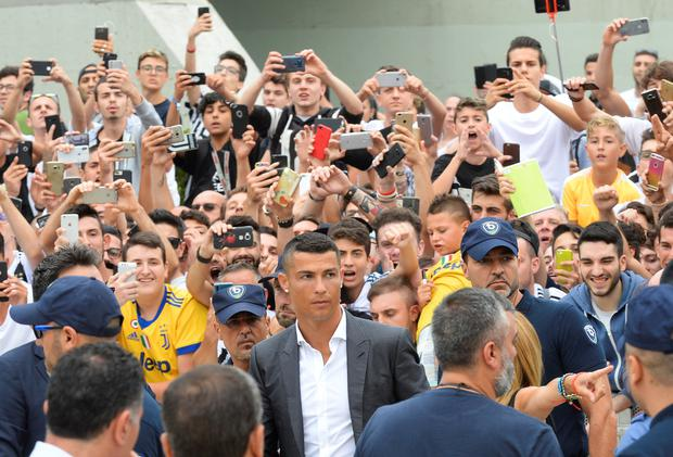 480f8467c Cristiano Ronaldo arrives at the Juventus  medical center in Turin