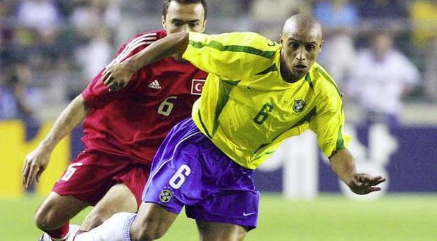 Brazilian legend Roberto Carlos wins substantial libel damages from the Daily Mail over drugs claims