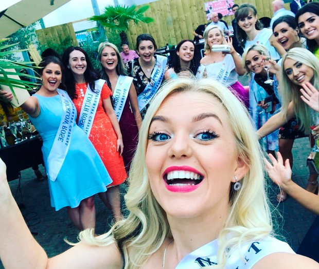 Carlow Rose Shauna Ray Lacey takes a selfie with some of her fellow Rose of Tralee entrants