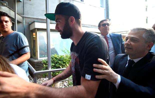 AC Milan striker Gonzalo Higuain arrives for medical checks in Milan, Italy, August 2, 2018. REUTERS/Daniele Mascolo