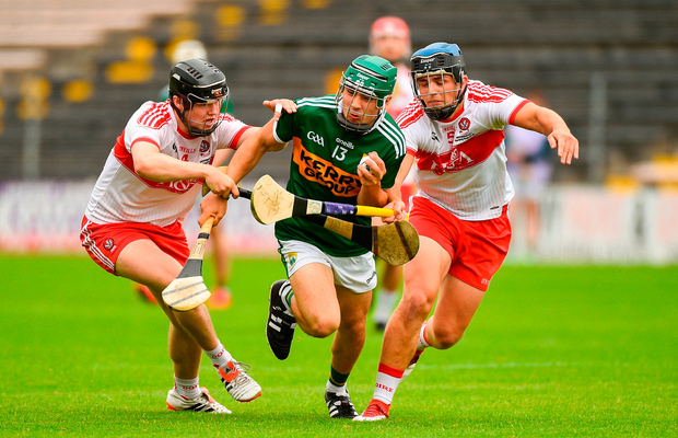 Maurice O'Connor of Kerry in action against Eoghan Gilmore and Ciaran Steele of Derry. Photo by Matt Browne/Sportsfile