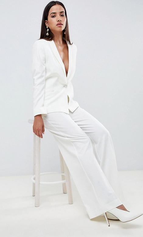 Classic courthouse style: 18 chic wedding suits for the ...
