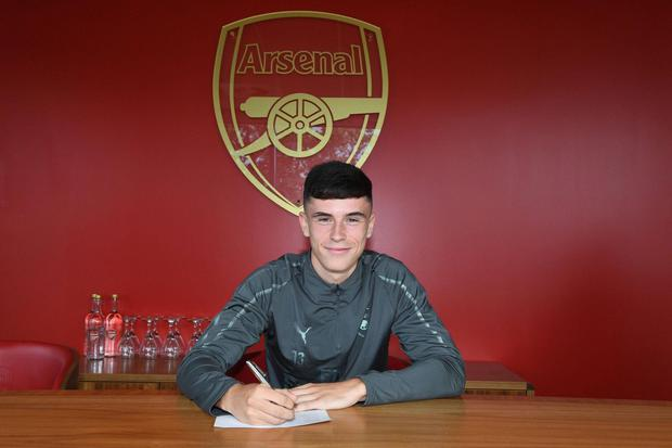 Jordan McEneff has signed his first professional contract with Arsenal.
