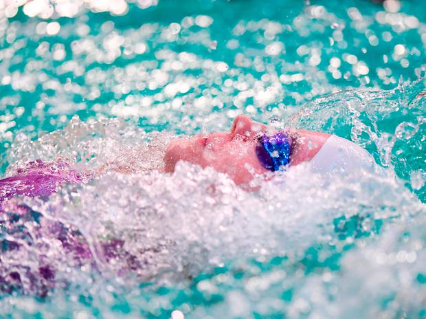 Ailbhe Kelly in action during the finals of the Women's 100m Backstroke S8 event. Photo: David Fitzgerald/Sportsfile