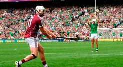 Canning takes a late free which drops short. Photo by Stephen McCarthy/Sportsfile