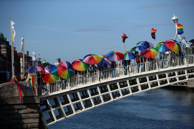 Protesters demonstrate on the Ha'Penny Bridge during the visit of Pope Francis in Dublin, Ireland, August 25, 2018. REUTERS/Hannah McKay TPX IMAGES OF THE DAY