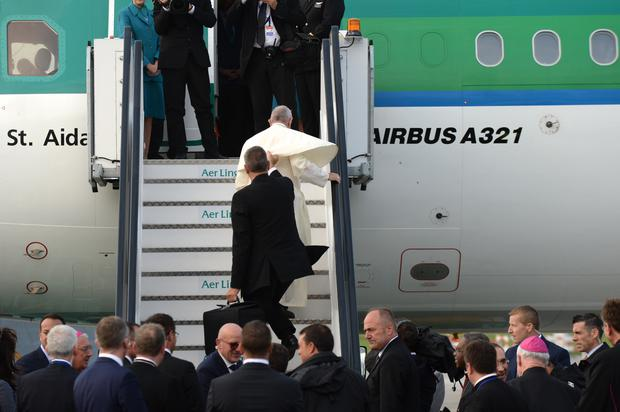 26th August 2018. Pope Francis seen at Dublin Airport before departing for Rome. Photo: Justin Farrelly.