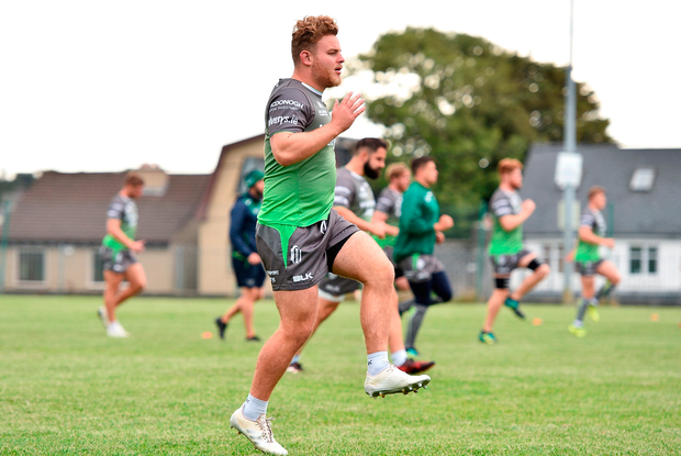 Finlay Bealham going through his paces during training. Photo by Sam Barnes/Sportsfile