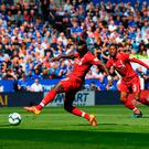 LEICESTER, ENGLAND - SEPTEMBER 01: Sadio Mane of Liverpool scores during the Premier League match between Leicester City and Liverpool FC at The King Power Stadium on September 1, 2018 in Leicester, United Kingdom. (Photo by Shaun Botterill/Getty Images)
