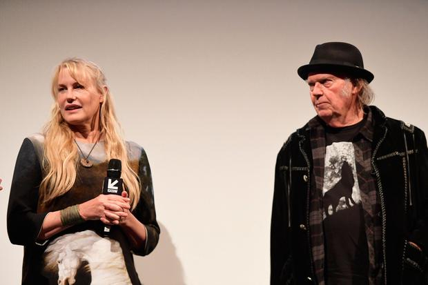 Neil Young uses politics to confirm marriage to Daryl Hannah