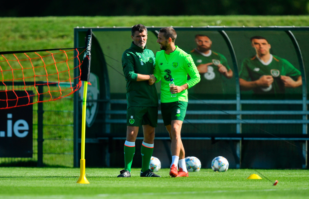 3 September 2018; Republic of Ireland assistant manager Roy Keane and Conor Hourihane during Republic of Ireland squad training at the the FAI National Training Centre in Abbotstown, Dublin. Photo by Stephen McCarthy/Sportsfile