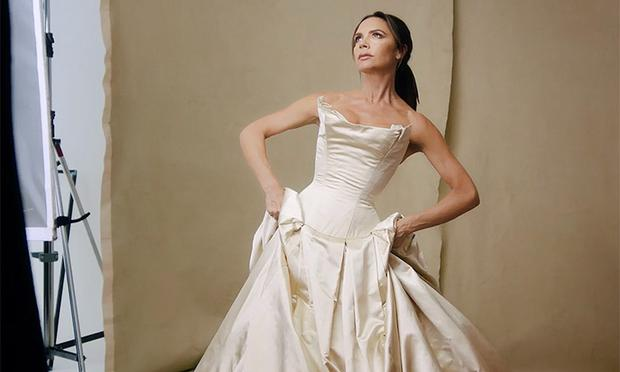 bf449bda7283 Victoria Beckham appeared in her wedding dress from 1999 nuptials in  Ireland in a video for
