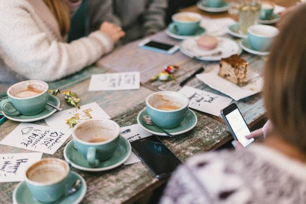 Beyond the dresses, event planning and DIY projects, hen party planning can be… a lot. Especially if you're a newbie. | Stock photo by Roman Kraft