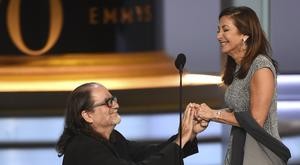 Glenn Weiss proposes to his girlfriend (Phil McCarten/Invision for the Television Academy/AP Images)
