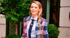 Blake Lively poses outside the Crosby Hotel on August 18, 2018 in New York City. (Photo by James Devaney/GC Images)