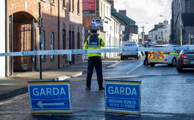 Man arrested after woman fatally stabbed in Co. Louth this afternoon