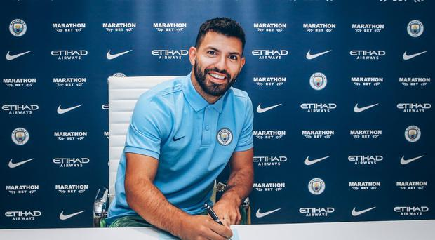 Sergio Aguero signs one-year contract extension to stay at Man City until 2021