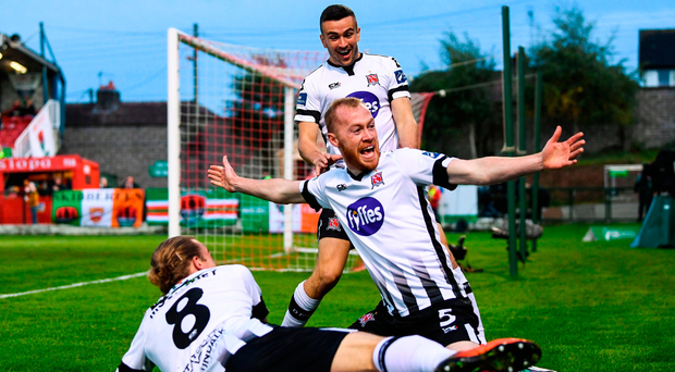 Caulfield sees red as dominant Dundalk move within touching distance of title