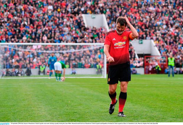 25 September 2018; Roy Keane of Manchester United Legends reacts after missing a penalty during the Liam Miller Memorial match between Manchester United Legends and Republic of Ireland & Celtic Legends at Páirc Uí Chaoimh in Cork. Photo by Stephen McCarthy/Sportsfile