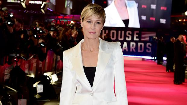 b20b2a5c3 Claire Underwood commands the White House in new House of Cards ...