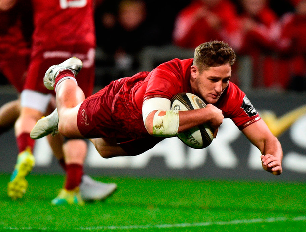 Munster's Dan Goggin scores his side's first try. Photo: Matt Browne/Sportsfile