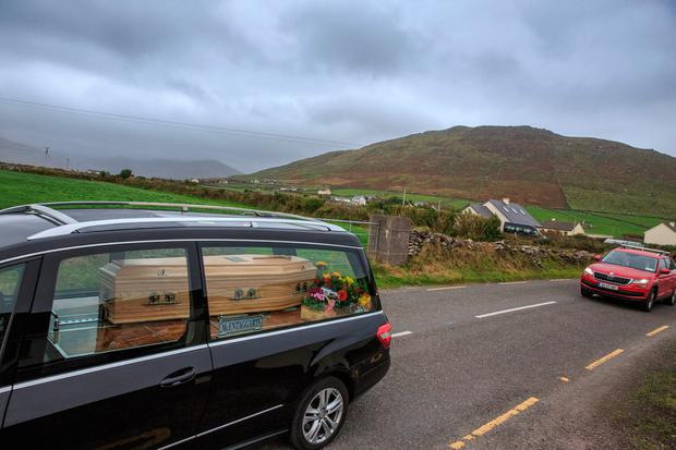 The coffin of Emma Mhic Mhathúna is brought to Séipéal na Carraige church for her funeral Mass. Pic:Mark Condren