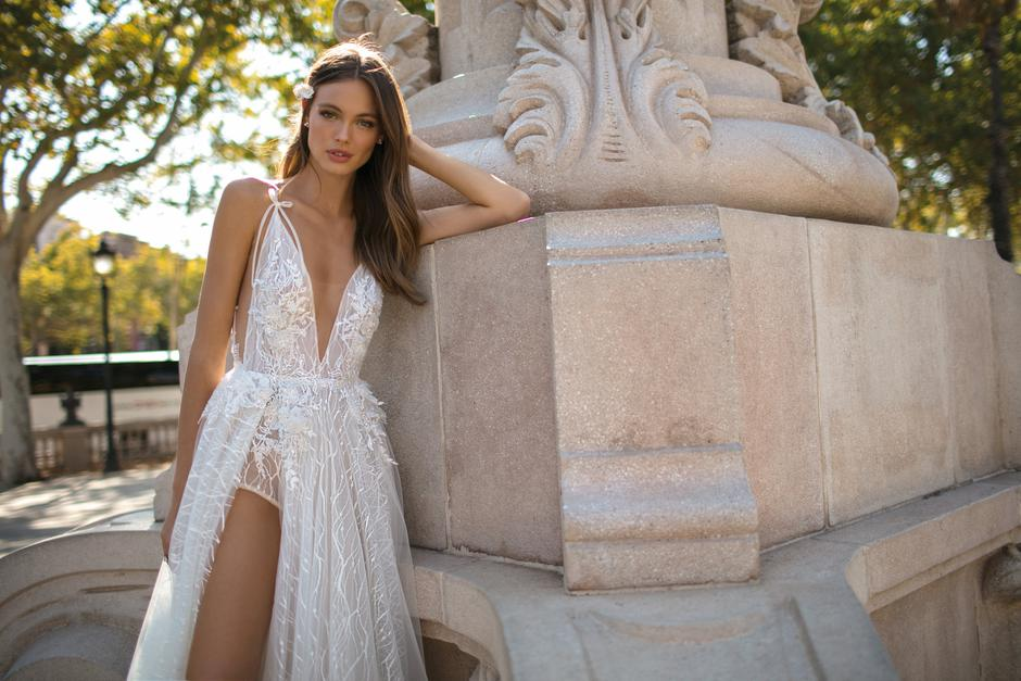 The Top Wedding Dress Trends For 2019 The Fallwinter Collections