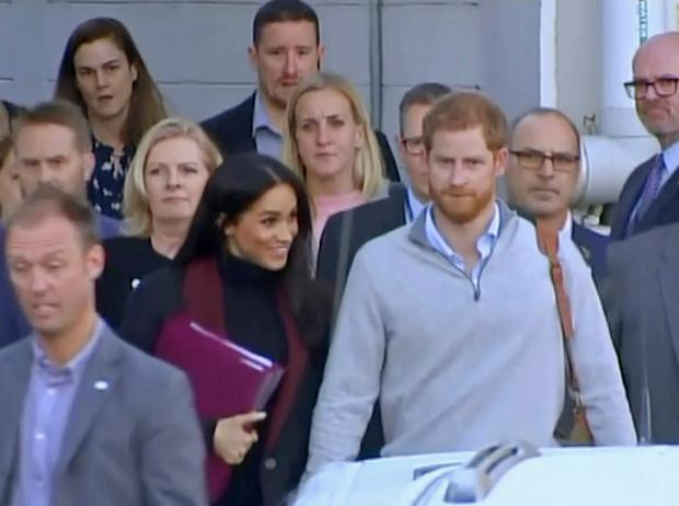 Meghan and Harry's moment with 98-year-old royal watcher Daphne Dunne