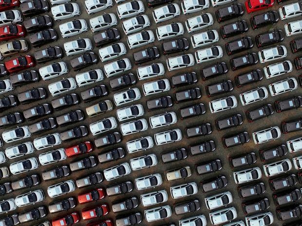 Capital Economics said in a report on the numbers that it seemed likely that the disruption stemmed from emissions testing on new car production. Photo: Reuters