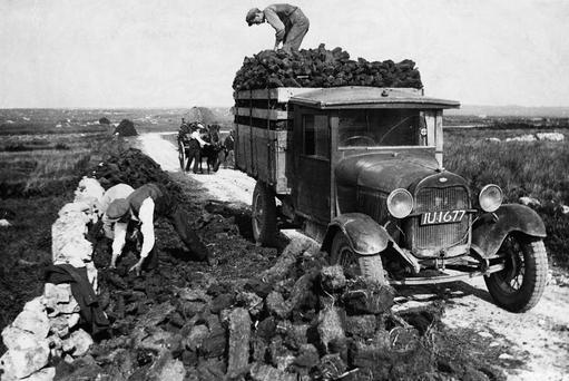 Heritage: Traditional peat cutting and gathering for energy, as was done for generations in places like Connemara, could soon become a thing of the past. Picture: Hulton-Deutsch/Hulton-Deutsch Collection/Corbis via Getty Images
