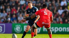 Jonathan Sexton of Leinster in action against Josefa Tekori of Toulouse during the Heineken Champions Cup Pool 1 Round 2 match between Toulouse and Leinster at Stade Ernest Wallon, in Toulouse, France. Photo by Brendan Moran/Sportsfile