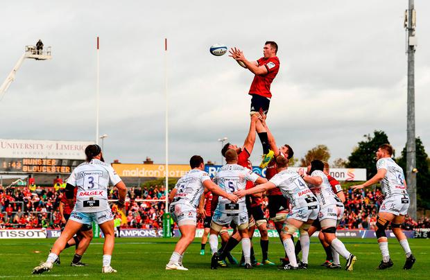 Peter O'Mahony wins possession in a lineout. Photo: Diarmuid Greene/Sportsfile
