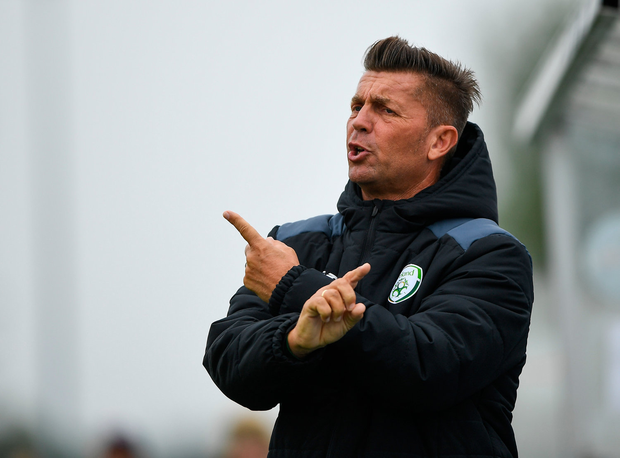 17 September 2018; Republic of Ireland head coach Colin Bell during the Women's U17 International Friendly match between Republic of Ireland and Czech Republic at the RSC in Waterford. Photo by Harry Murphy/Sportsfile