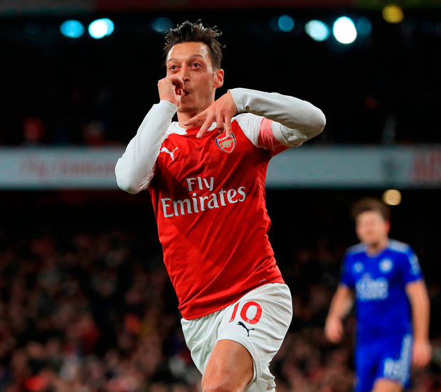 Wonder finish: Mesut Ozil