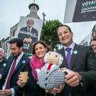 Taoiseach Leo Varadkar canvassing for Michael D Higgins on Grafton Street (Photo: Kyran O'Brien)
