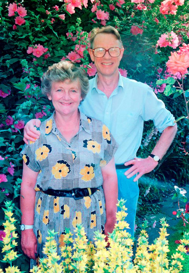File photo dated 24/06/93 of Diana and Paul Lamplugh, the parents of Suzy Lamplugh who went missing in 1986, in their garden in London. Police investigating the murder of the estate agent more than 30 years ago have today begun a search at a property in the West Midlands.Tony Harris/PA Wire