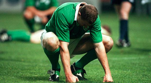 Matt Mostyn shows his dejection after the defeat to Argentina at the 1999 Rugby World Cup. Picture credit: Brendan Moran / SPORTSFILE