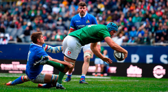 Tadhg Beirne of Ireland goes over to score his side's third try in their victory against Italy. Photo: Sportsfile