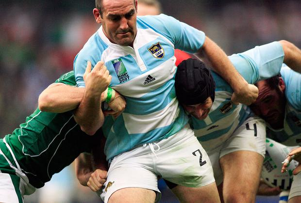 Former Argentina hooker and current Pumas head coach Mario Ledesma battles Ireland in a maul during the 2007 World Cup game