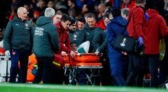 Soccer Football - Europa League - Group Stage - Group E - Arsenal v Sporting CP - Emirates Stadium, London, Britain - November 8, 2018 Arsenal's Danny Welbeck leaves the pitch on a stretcher after sustaining an injury REUTERS/Eddie Keogh