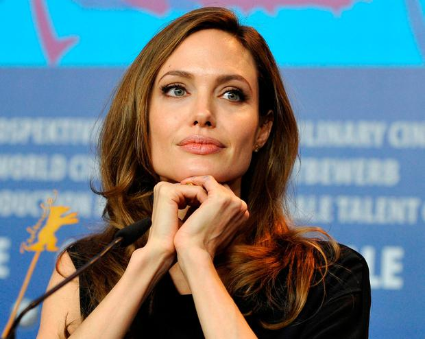 There was a test: Hollywood star Angel Lina Jolie had a mastectomy twice after examining the breast cancer family genes. Photo: Reuters