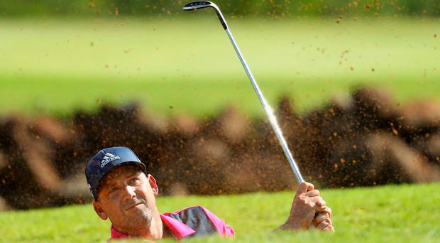 Lowry surges to stay hot on Garcia's heels in Sun City