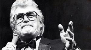 'Honest performer': Dublin singer Sonny Knowles, who died yesterday at the age of 86. Picture: Collins