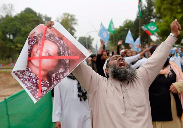 Protest: A hardline Islamist calls for the death of Asia Bibi